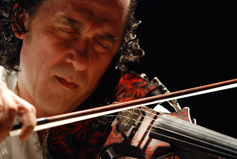 """Lino Cannavacciuolo """"Canto, pianto e anima di un violino errante"""""""
