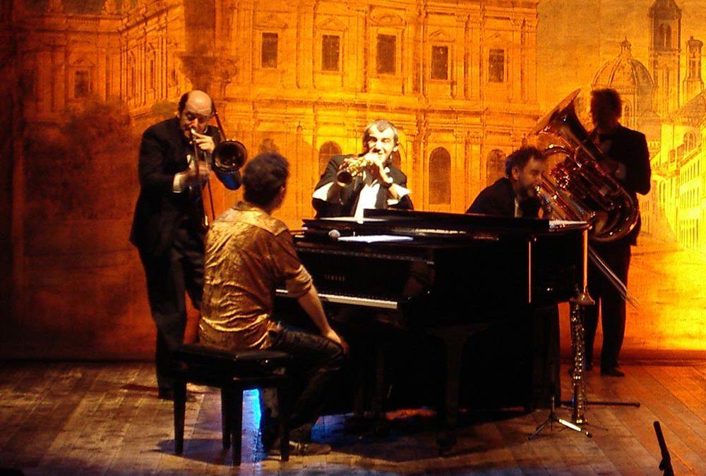 "Stefano Bollani & Banda Osiris ""Primo piano"""